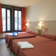 Отель Residencia Erasmus Gracia Стандартный номер с различными типами кроватей фото 7