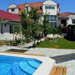 Отель Хостел Тундук Кыргызстан, Бишкек - отзывы, цены и фото номеров - забронировать отель Хостел Тундук онлайн бассейн фото 3