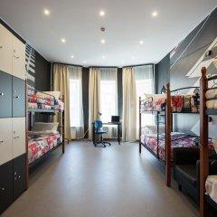 Hostel Racing Paradise Кровать в общем номере с двухъярусной кроватью фото 29