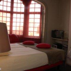Monty Small Design Hotel Брюссель комната для гостей фото 4