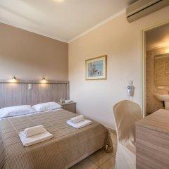 Hotel Varres 3* Стандартный семейный номер с двуспальной кроватью фото 4