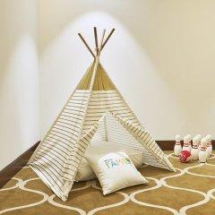 Отель Hilton Dubai Al Habtoor City Номер Делюкс с различными типами кроватей фото 3