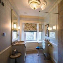 Отель Crossbasket Castle Великобритания, Глазго - отзывы, цены и фото номеров - забронировать отель Crossbasket Castle онлайн ванная