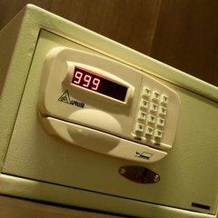 Отель Legacy Express Sukhumvit by Compass Hospitality 3* Улучшенный номер с различными типами кроватей фото 6