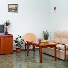 Hotel Kavkaz Golden Dune - Все включено 4* Стандартный семейный номер с двуспальной кроватью фото 18