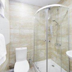 Гостиница Репинская 3* Улучшенный номер с различными типами кроватей фото 3