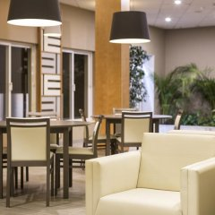 Adriana Beach Club Hotel Resort - Все включено гостиничный бар
