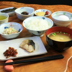 Отель Minshuku Yakusugi-sou Якусима питание