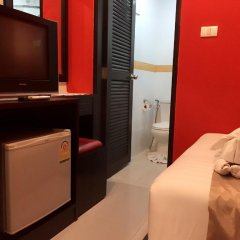 Отель PJ Patong Resortel 3* Номер категории Эконом с различными типами кроватей фото 2