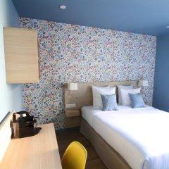 Отель Hôtel Du Centre 2* Стандартный номер с различными типами кроватей фото 2