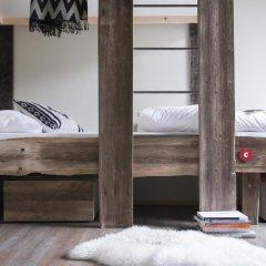 Gspusi Bar Hostel Кровать в общем номере с двухъярусной кроватью