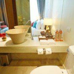Отель Bandara Phuket Beach Resort 4* Улучшенный номер с двуспальной кроватью фото 6