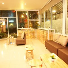 Отель Friend's House Resort гостиничный бар
