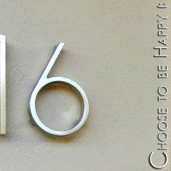 Отель Choose To Be Happy @ 16 удобства в номере