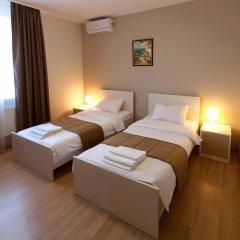 Гостиница Исаевский 3* Номер Эконом с разными типами кроватей (общая ванная комната) фото 6