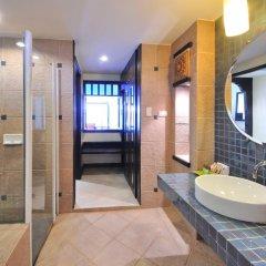 Отель Woraburi Phuket Resort & Spa 4* Улучшенный номер двуспальная кровать фото 6