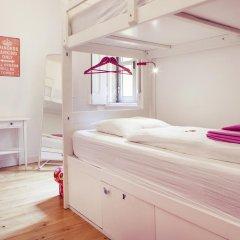 Lisbon Chillout Hostel Privates Стандартный номер с различными типами кроватей