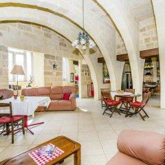 Отель Vecchio Mulino B&B Мальта, Зеббудж - отзывы, цены и фото номеров - забронировать отель Vecchio Mulino B&B онлайн интерьер отеля