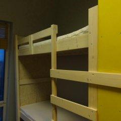 Fabrika Hostel Кровать в общем номере фото 6