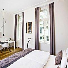Отель Golden Crown 4* Улучшенный номер с двуспальной кроватью фото 6
