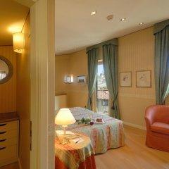 Hotel Pitti Palace al Ponte Vecchio 4* Люкс с различными типами кроватей фото 2