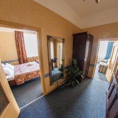Viktorija Hotel 3* Люкс с различными типами кроватей фото 4