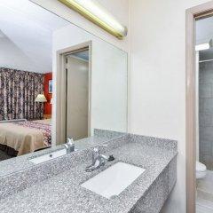Отель Americas Best Value Inn - North Nashville/Goodlettsville 2* Стандартный номер с различными типами кроватей фото 2