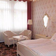 Отель Aviano Pension 4* Стандартный номер с двуспальной кроватью фото 5