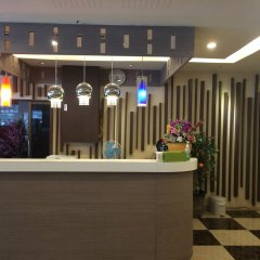 Отель Three Seasons Place интерьер отеля