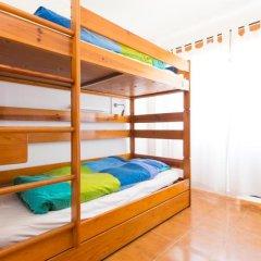 Отель Baleal Surf Camp Кровать в общем номере двухъярусные кровати фото 11