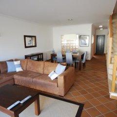 Отель Luxury Townhouse in Praia D'El Rey комната для гостей фото 4