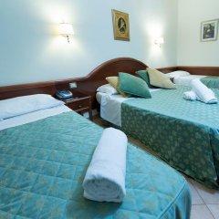 Hotel Gabriella 3* Стандартный номер с двуспальной кроватью