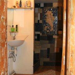 Euphoria Hostel Кровать в общем номере с двухъярусными кроватями фото 12