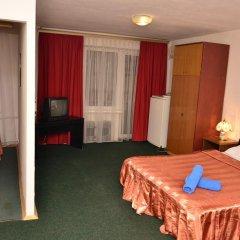 Mini Hotel Vesna Семейный номер Комфорт разные типы кроватей фото 5
