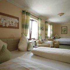 Hotel Garni Zum Gockl Унтерфёринг комната для гостей фото 10