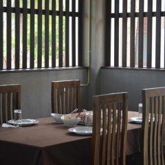 Отель Aqua Front Yala Resort питание