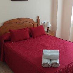 Отель Hostal San Roque Стандартный номер с двуспальной кроватью фото 13