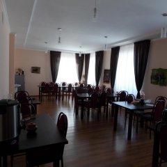 Отель GD Dinar Sky Кыргызстан, Каракол - отзывы, цены и фото номеров - забронировать отель GD Dinar Sky онлайн питание фото 2