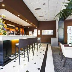 Отель Novotel Genova City гостиничный бар фото 2