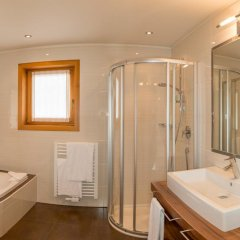 Отель Landsitz Stroblhof 4* Улучшенный номер фото 7
