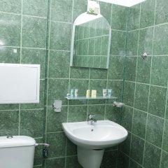 Отель Zaara Болгария, Солнечный берег - отзывы, цены и фото номеров - забронировать отель Zaara онлайн ванная