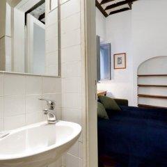 Отель Coronari Италия, Рим - отзывы, цены и фото номеров - забронировать отель Coronari онлайн ванная фото 2
