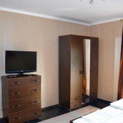 Мини-Отель Внучка Стандартный номер с двуспальной кроватью (общая ванная комната) фото 5
