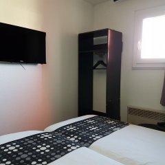 Best Hotel - Montsoult La Croix Verte удобства в номере
