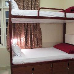 Отель Travelers Home Кровать в общем номере фото 3