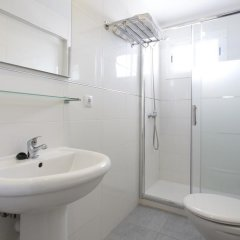 Отель Apartamentos Kensington ванная
