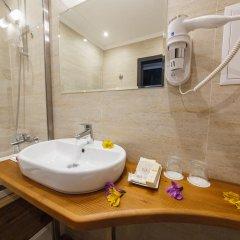 Гостиница Голубая Лагуна Улучшенный номер двуспальная кровать фото 4
