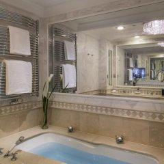 Отель Falkensteiner Schlosshotel Velden 5* Улучшенный номер с различными типами кроватей фото 3