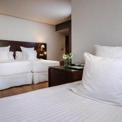 Отель Occidental Granada 4* Стандартный семейный номер с различными типами кроватей фото 2