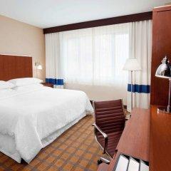 Отель Four Points by Sheraton Long Island City Стандартный номер с различными типами кроватей фото 2